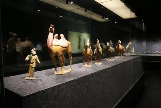 从唐三彩佛教造像耀州窑瓷中看大唐盛世的中西交流