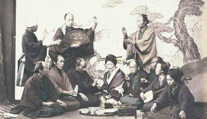 1860年镜头下的朝?#26159;?#29359;与日本艺伎