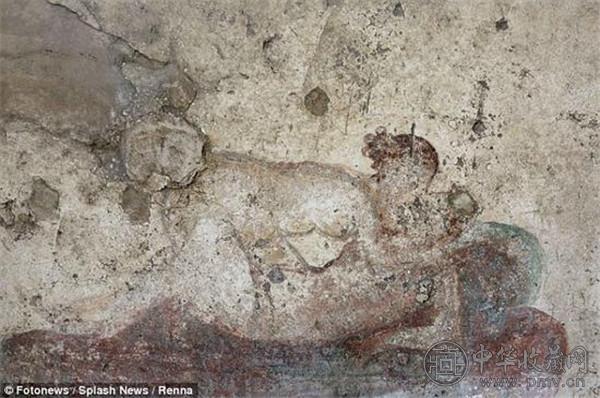 庞贝千年妓院被发现 壁画尺度惊人 (3).jpg