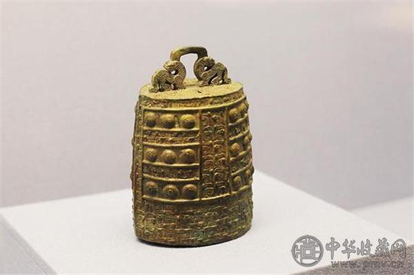 约公元前600—前400年的青铜镈.jpg