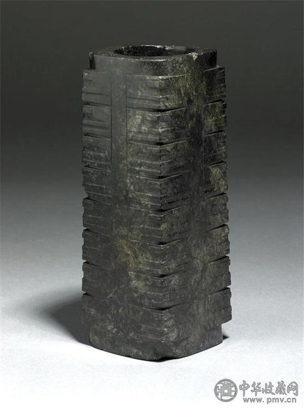 良渚文化的玉琮.jpg