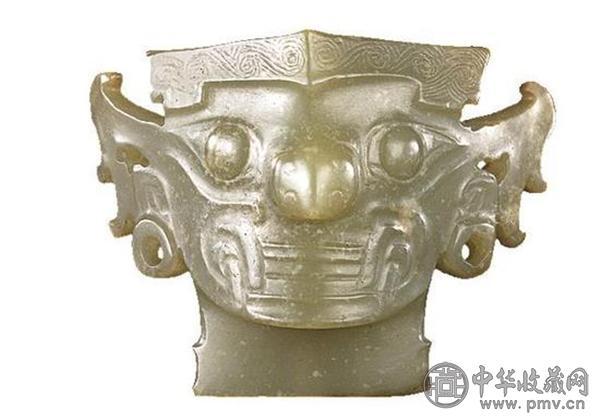新石器晚期 玉面神人像 大英博物馆藏.jpg