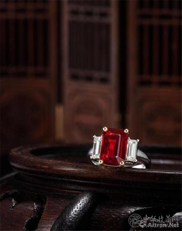 """4.00克拉天然无经加热处理""""鸽血红""""红宝石配钻石戒指.jpg"""