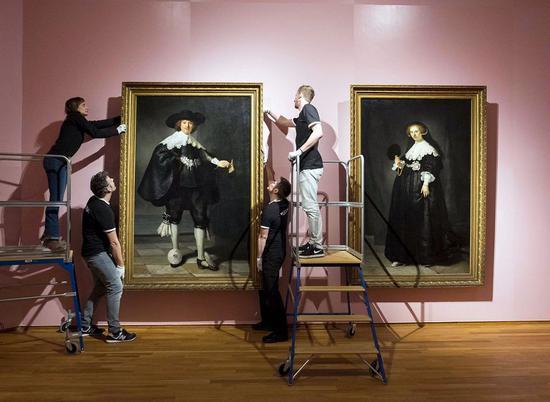 荷兰国立博物馆收藏的伦勃朗油画《马尔丹和奥普金肖像》