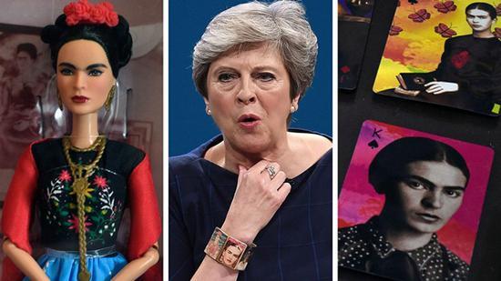 卡罗版芭比娃娃、特里莎-梅首相戴的手镯、和印着她头像的扑克牌