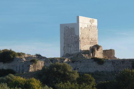 水泥城堡,古砖贴面