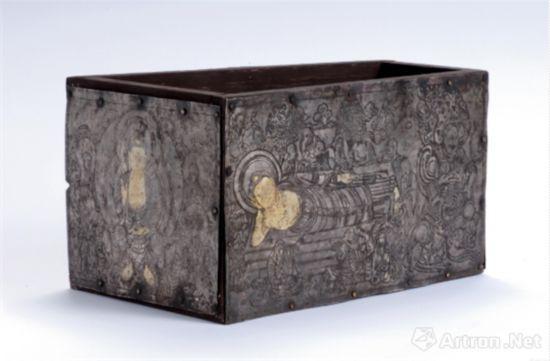 辽 木胎银棺
