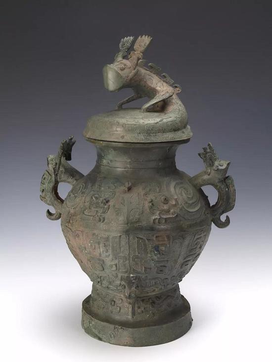 蟠龙盖兽面纹铜罍 四川博物院藏