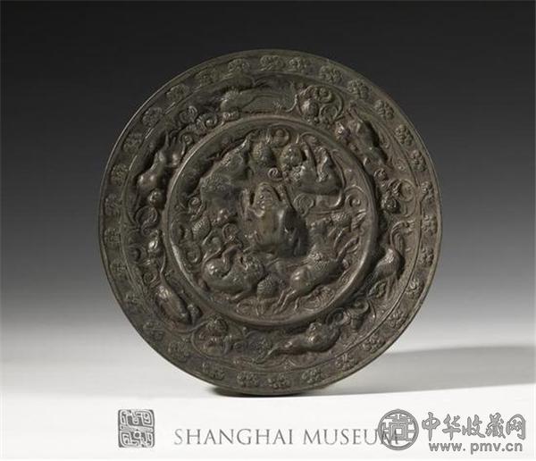 唐 海兽葡萄纹镜  图片由上海博物馆提供.jpg