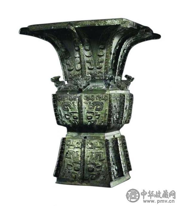 商晚期青铜饕餮纹方尊.jpg