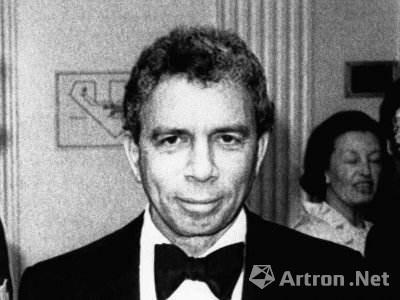 S.I。 纽豪斯资料图片(1927-2017年)