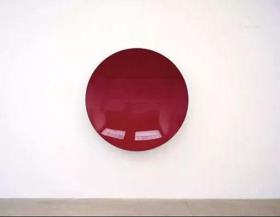 封塔纳《空间概念 等待》,估价300—500万港币,成交价552万港币。