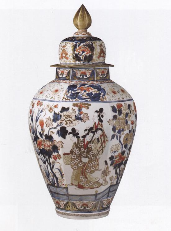 五彩妇人纹六棱大罐,1700-1740 大阪市立东洋陶瓷美术馆藏