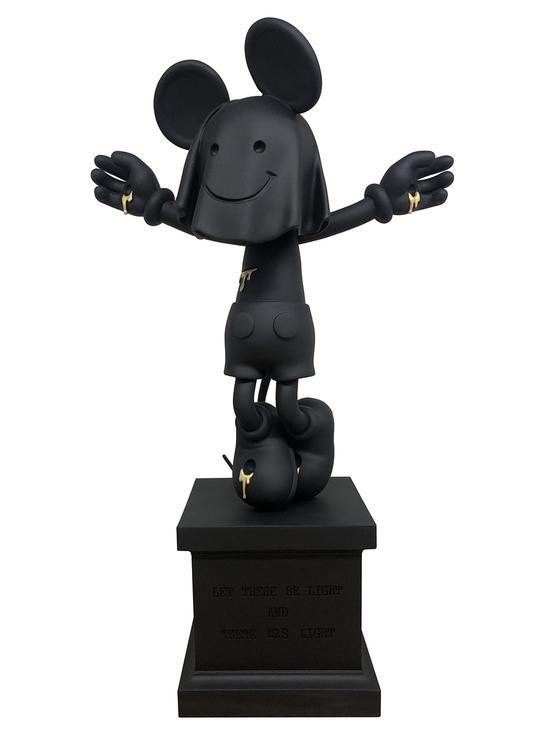 《NEW IDOL》高45cm,宝丽石,2019年,赵一浅