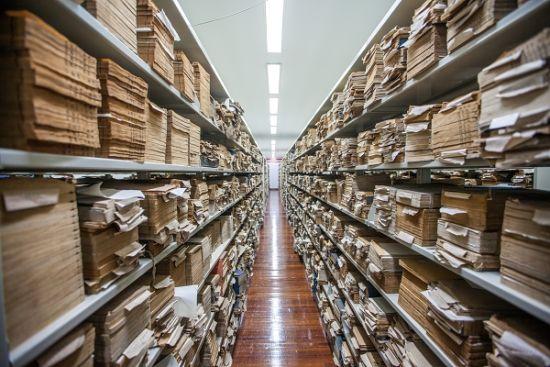 上海图书馆保存古籍善本的库房 本版图片 沈震宇